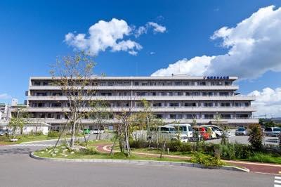 病院正面画像